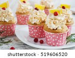 Christmas Cupcakes With Whippe...