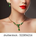 elegant fashionable woman with... | Shutterstock . vector #522856216