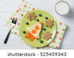 funny sandwich with rocket and...   Shutterstock . vector #525459343