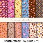 seamless cupcakes vector... | Shutterstock .eps vector #526805674