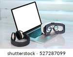 computer with blank screen and...   Shutterstock . vector #527287099