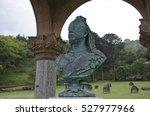 queen victoria memorial metal... | Shutterstock . vector #527977966