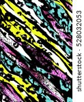 animal print mixed with leopard ... | Shutterstock . vector #528032053