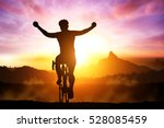 silhouette bicycle on sunset... | Shutterstock . vector #528085459