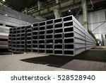 stainless steel rectangular... | Shutterstock . vector #528528940