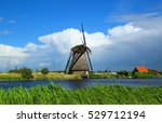 The Windmills Of Kinderdijk Ar...