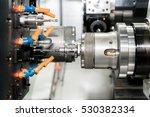 Operator Machining Mold And Di...