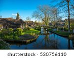 Historical Village Giethoorn ...
