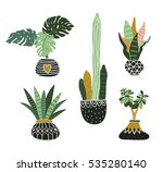 hand drawn tropical house... | Shutterstock .eps vector #535280140