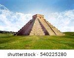 chichen itza   mexico pyramid | Shutterstock . vector #540225280