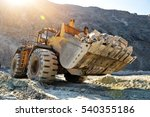 wheel loader machine unloading...