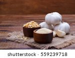 garlic cloves  bulb  flakes and ...   Shutterstock . vector #559239718