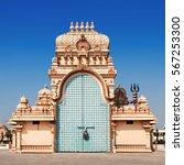 Small photo of Shri Adhya Katyani Shakti Peeth Mandir is popularly known as Chhatarpur Temple in New Delhi, India