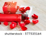 Rose  Hearts With Gift Box And...