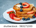 French Toast With Berries. Lov...