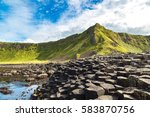 Giant's Causeway In A Beautifu...