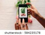 instagram photographer blogging ...   Shutterstock . vector #584235178