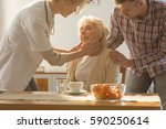 young female doctor on a home... | Shutterstock . vector #590250614