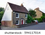 Old Style English House In Ken...