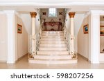 Luxurious Staircase With Marbl...