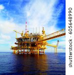 gas and oil rig platform | Shutterstock . vector #605648990
