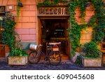 Old Cozy Street In Trastevere ...