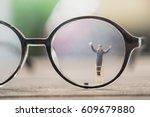 worker miniature figure... | Shutterstock . vector #609679880