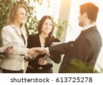 conference of entrepreneurs....   Shutterstock . vector #613725278