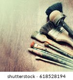 set of old brush for coloring... | Shutterstock . vector #618528194