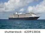 little san salvador island ... | Shutterstock . vector #620913836
