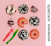 mix donuts. fashion fast food... | Shutterstock . vector #624118070