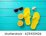 yellow flip flops  red...