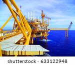 offshore construction platform... | Shutterstock . vector #633122948