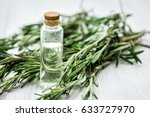 Natural Cosmetic Oil With Fres...
