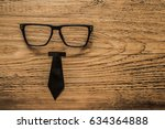 father's day board with tie and ... | Shutterstock . vector #634364888