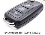 ignition key with immobilizer... | Shutterstock . vector #634642619