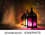 ramadan kareem greeting  ...   Shutterstock . vector #634699670