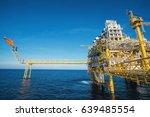 offshore construction platform... | Shutterstock . vector #639485554