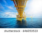 offshore oil and gas rig... | Shutterstock . vector #646053523
