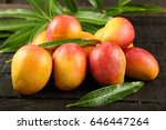 Fresh Delicious Sweet Mangoes