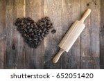heart shape of coffee beans...   Shutterstock . vector #652051420