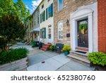 row houses along chester street ... | Shutterstock . vector #652380760