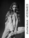 beauty woman in classic fashion ... | Shutterstock . vector #653286823