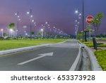 night scene of samanes park  an ... | Shutterstock . vector #653373928