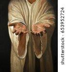 the hands of jesus showing