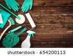 cleaning tool   Shutterstock . vector #654200113