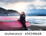 asian woman touring is...   Shutterstock . vector #654248668