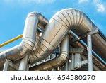 high pressure pipeline for gas...   Shutterstock . vector #654580270