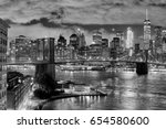 brooklyn bridge and manhattan... | Shutterstock . vector #654580600