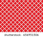 Red Quatrefoil Background